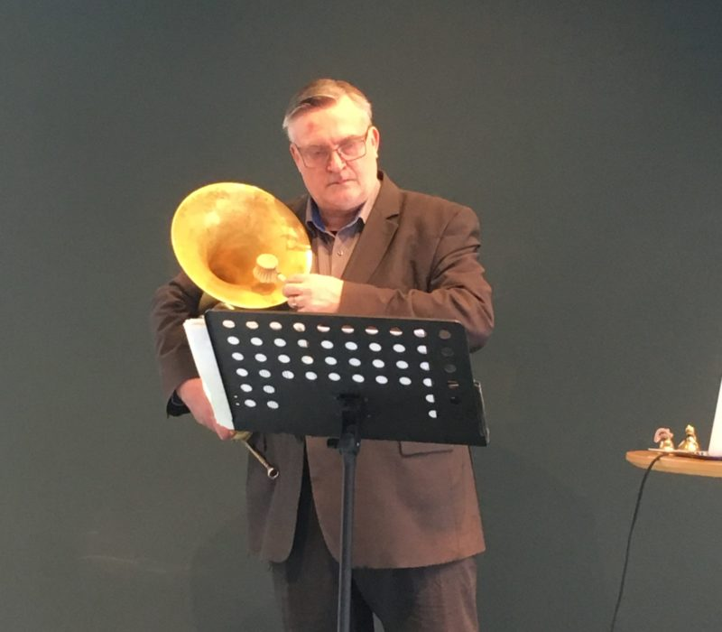 Soren Hermansson performing Rop, boljande